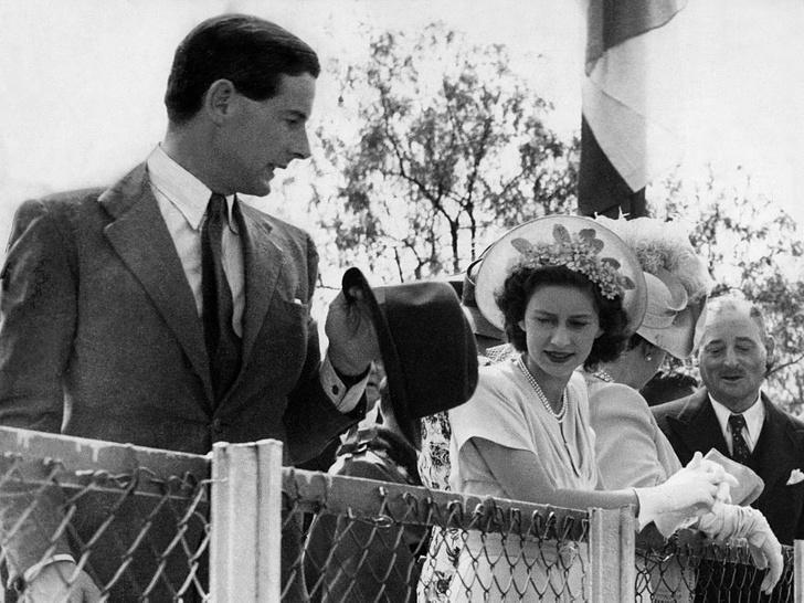 Фото №4 - Такие разные судьбы: почему Гарри смог отказаться от королевской жизни, а Маргарет— нет