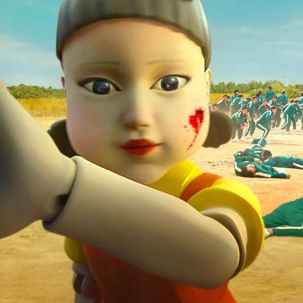 Фото №1 - «Игра в кальмара»: жуткая кукла из дорамы существует на самом деле!