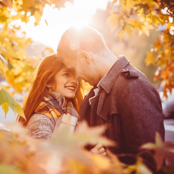 Фото №1 - Гадаем на осенних листьях: какого цвета будут глаза у твоего будущего парня 💖