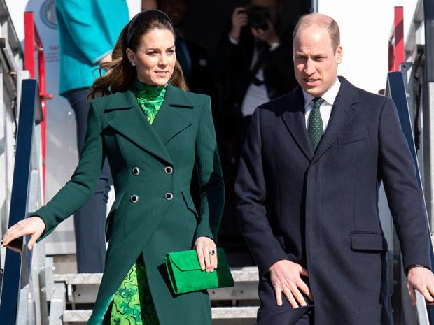 Фото №2 - Сколько герцогиня Кейт потратила на одежду в 2020 году