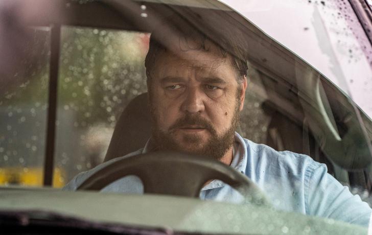 Фото №1 - Злой (и толстый) Рассел Кроу в трейлере фильма «Неистовый»