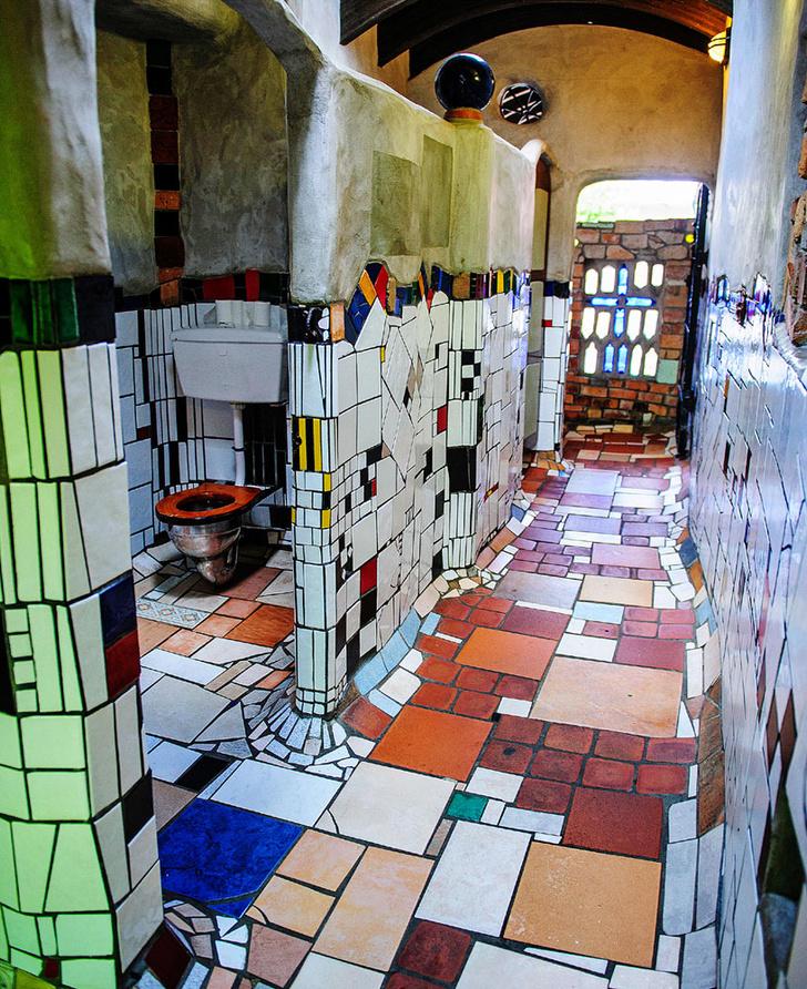 Фото №3 - 10уникальных общественных туалетов