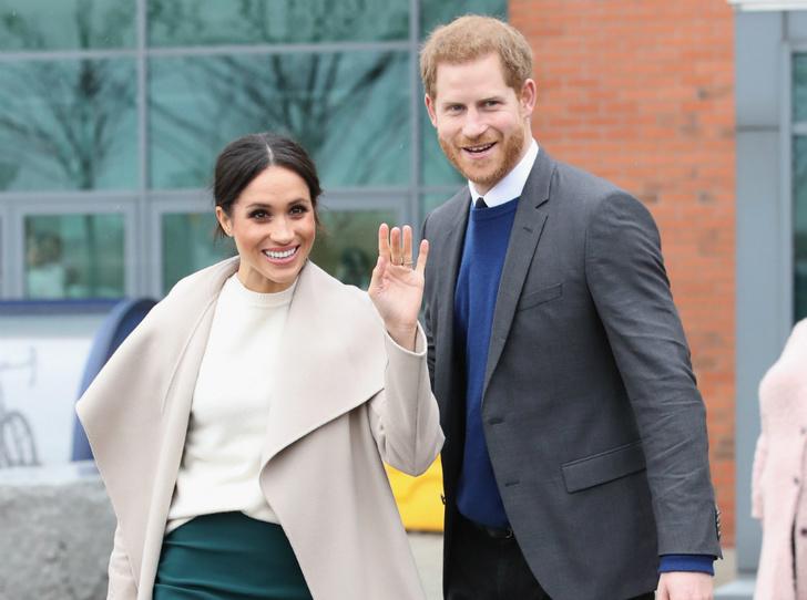 Фото №3 - Королева Меган: британский политик предлагает герцогине Сассекской стать следующим монархом