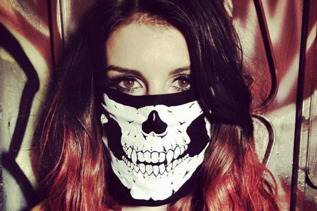Фото №1 - Instagram недели: Звезды в масках