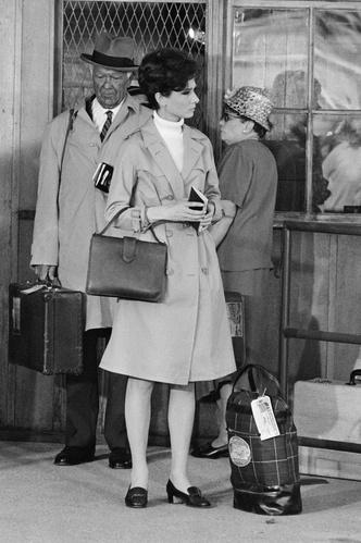Фото №45 - Моя прекрасная леди: 15 модных уроков, которые сделали Одри Хепберн иконой стиля