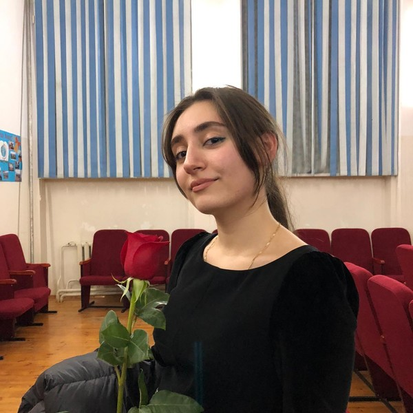 Фото №22 - «Мужа мне разрешено выбрать себе самой»: как 18-летняя лачка чтит традиции Дагестана, но не позволяет ущемлять свои права