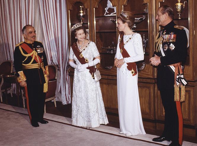 Фото №9 - Американские Золушки, ставшие принцессами (Меган Маркл была не первой)