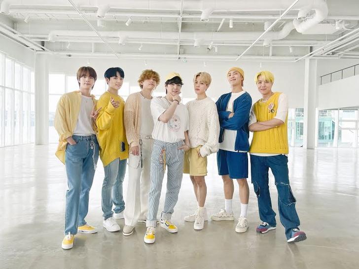 Фото №1 - Сколько стоит каждый образ BTS в клипе «Butter» Special Performance Video 🤑