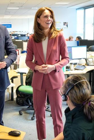 Фото №21 - Принцесса масс-маркета: как герцогиня Кейт носит одежду бюджетных брендов