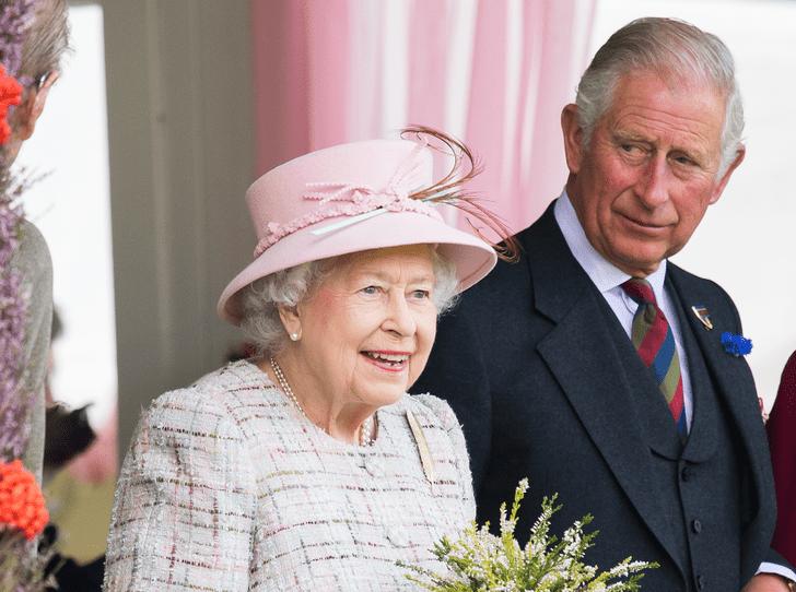 Фото №3 - Эксперты: Королева отречется от престола через 18 месяцев