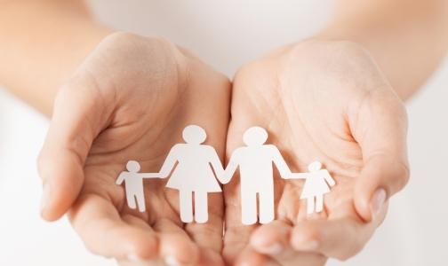 Фото №1 - Подбирать родителей для приемного ребенка будет психиатр