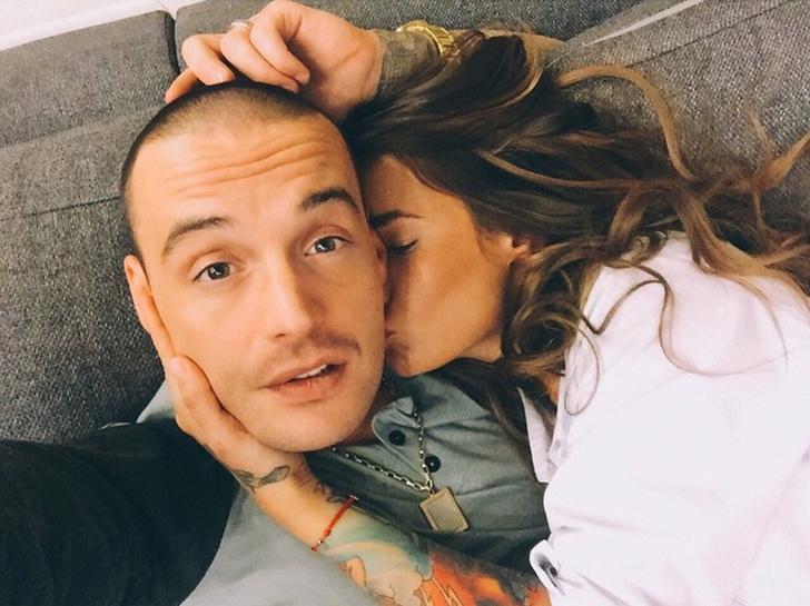 Фото №1 - «Не хочу любви»: Айза выложила очень откровенное фото после расставания с Гуфом