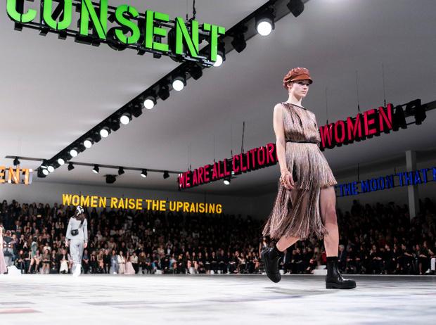 Фото №12 - Время женщин: как современный феминизм меняет индустрию моды