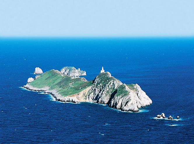 Фото №6 - Почти необитаем: 7 пляжей для любителей уединенного отдыха