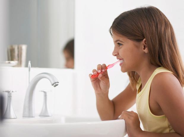 Фото №1 - Как сохранить здоровье детских зубов