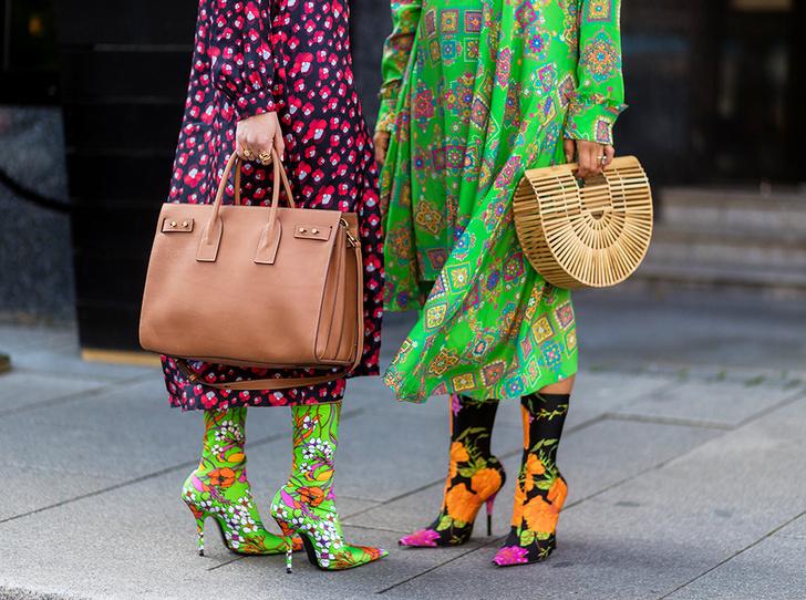 Фото №2 - Стразы, ботфорты и колготки в сеточку: как в моду входит все то, что раньше считалось безвкусицей