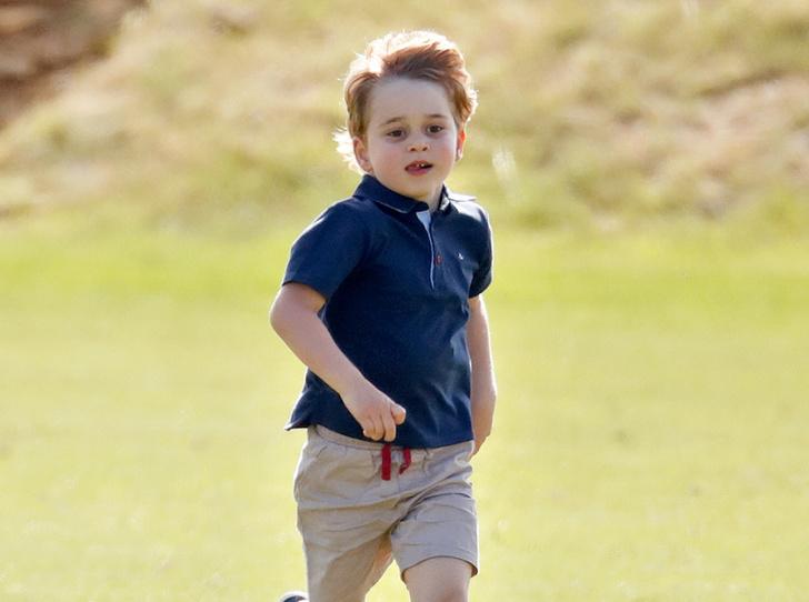 Фото №1 - Почему принц Джордж называет себя чужим именем