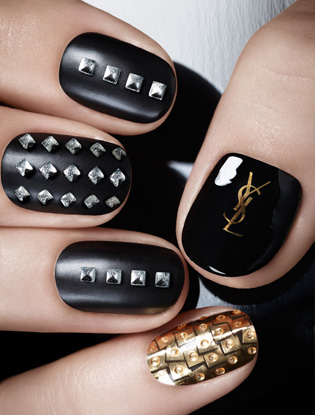 Фото №8 - Притяжение металла: новая коллекция макияжа Yves Saint Laurent
