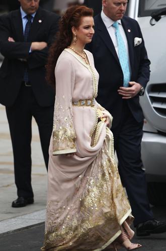 Фото №2 - Свадебный королевский этикет: что можно и чего нельзя делать на бракосочетании Гарри и Меган