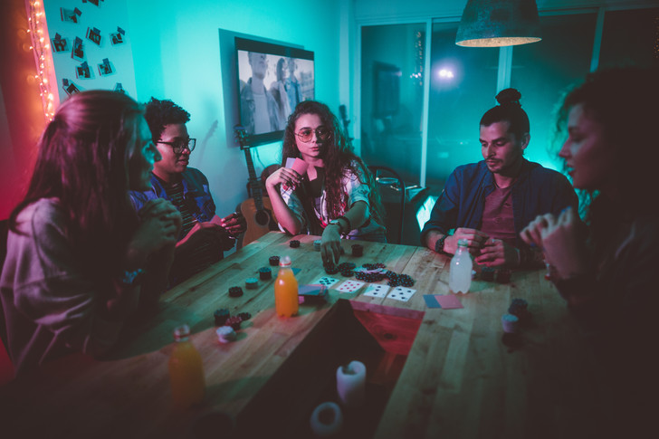 Фото №4 - 30 крутых челленджей, которые сделают любую вечеринку незабываемой