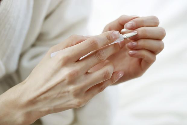 Фото №4 - Дамские пальчики: идеальные процедуры по уходу за руками дома и в салоне