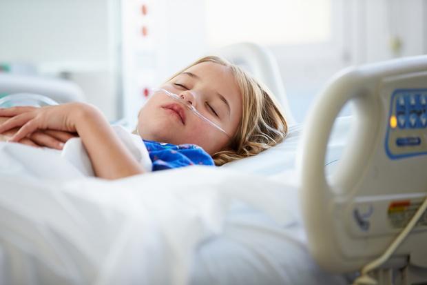 Фото №1 - Сгорела за три дня: 13-летняя девочка умерла от менингита