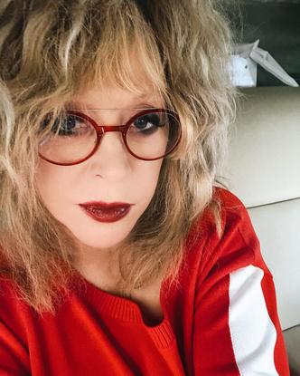 Фото №3 - Идеальный красный: Пугачева накрасила губы «опасным» цветом