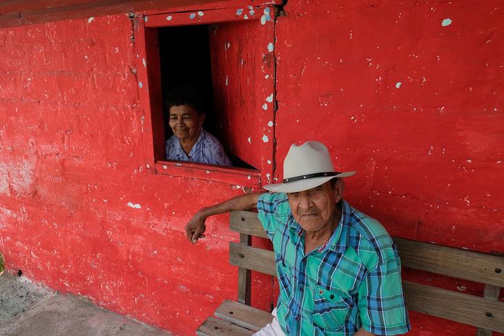 Фото №1 - На время эпидемии в Перу мужчинам и женщинам выходить на улицу можно только в разные дни недели