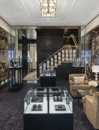 Фото №2 - В Лондоне открылся новый бутик CHANEL