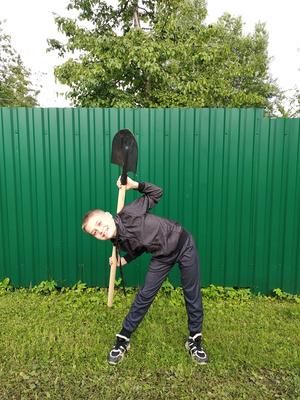 Фото №10 - Спорт на грядке: 5 крутых упражнений с лопатой