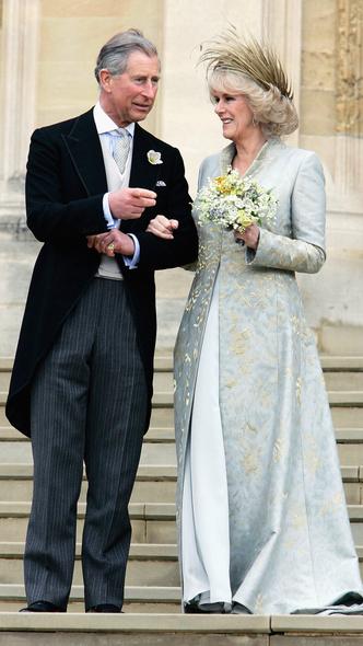 Foto #12 - De la Elisabeta a II-a la Printesa Beatrice: in ce pantofi s-au casatorit printesele