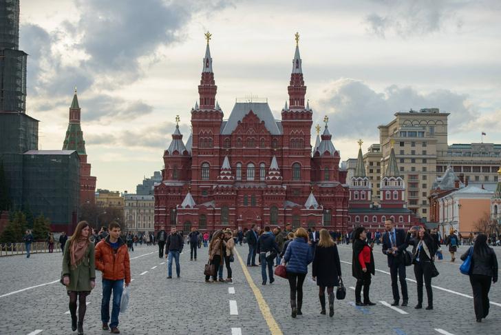 Фото №1 - Жители каких стран чаще других приезжают в Россию ради туризма