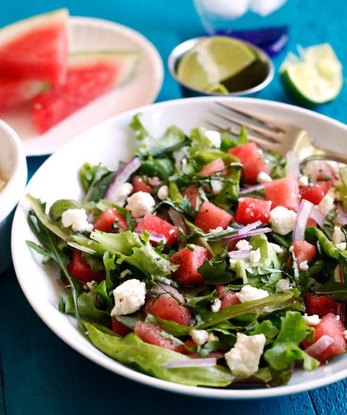 Салат с арбузом, брынзой и мятой