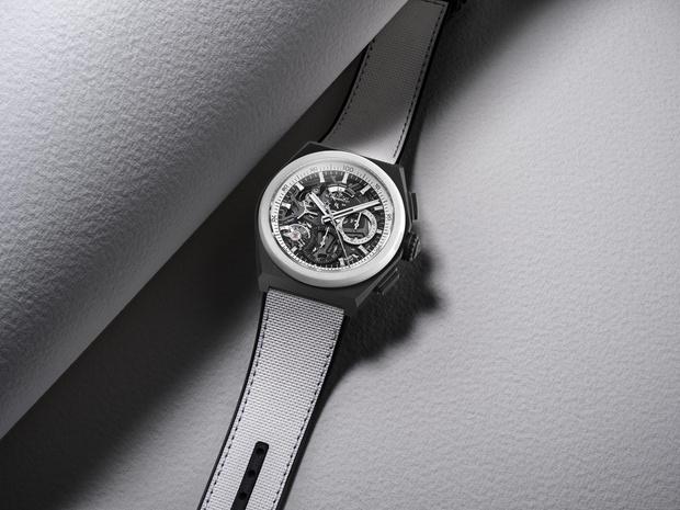 Фото №3 - Игра на контрасте: черно-белые часы Zenith для него и для нее