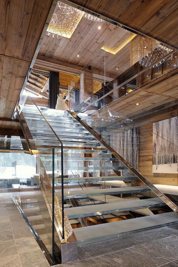 Фото №3 - Дизайнерское шале со стеклянной лестницей в Межеве