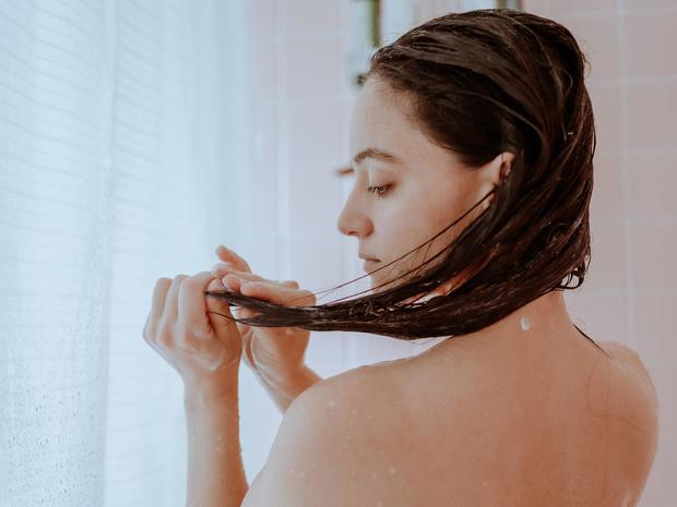 Фото №4 - Маски для волос: какими они бывают, и как выбрать ту, что подходит именно вам