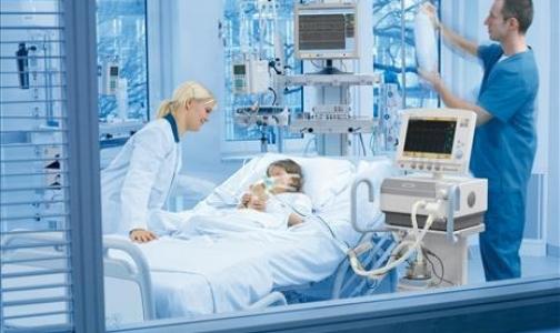 Фото №1 - Клиникам разрешат покупать дорогостоящее оборудование за счет ОМС