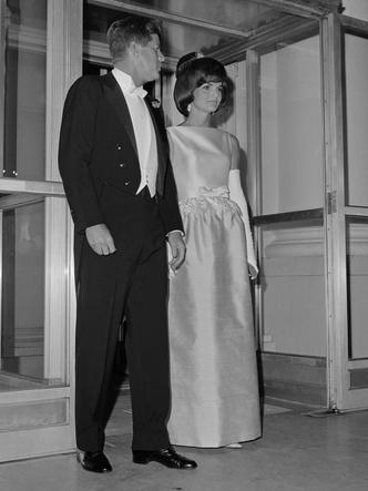 Фото №15 - Азбука стиля Жаклин Кеннеди: 10 вещей, которые она сделала культовыми