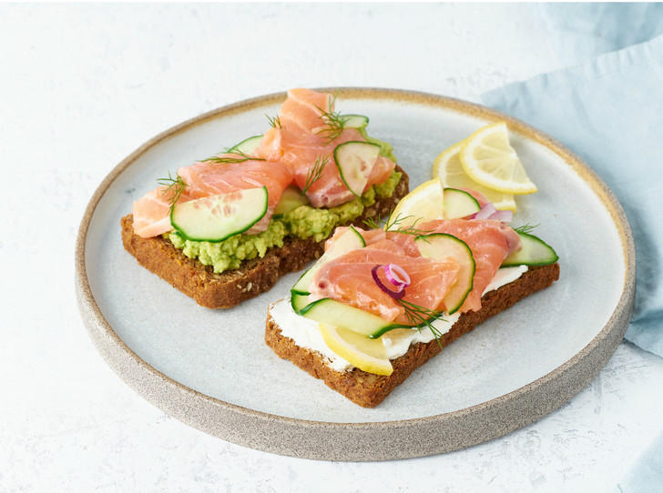 Фото №4 - Сморреброд: 5 рецептов популярного датского блюда
