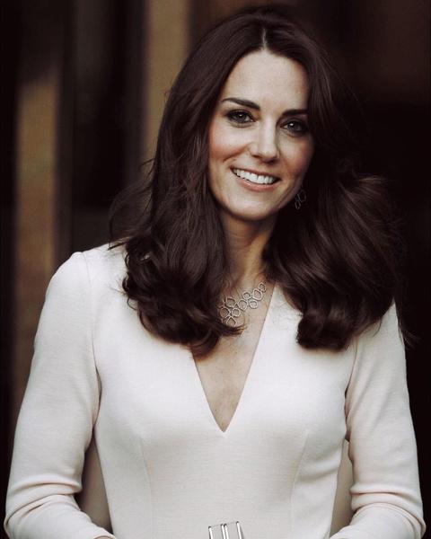 Фото №3 - Королевские фавориты: бьюти-средства, которым никогда не изменяют девушки из Букингемского дворца