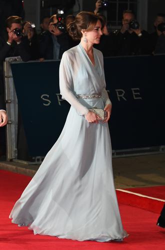 Фото №12 - 5 примеров того, как герцогиня Кембриджская затмила звезд