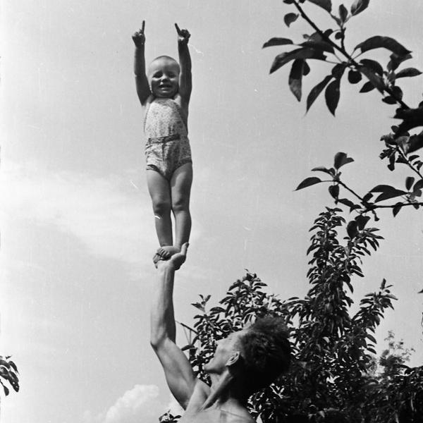 Фото №13 - Тепляковы по-советски: как эксперимент семьи Никитиных, воспитывавших людей будущего, не сделал из детей гениев