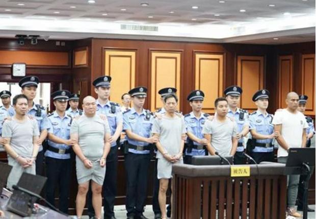 Фото №1 - В Китае осудили пятерых киллеров, которые пытались передать друг другу заказ на аутсорс