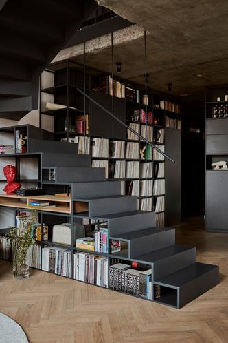 Фото №4 - Эклектичная квартира со спальней в мезонине в Познани