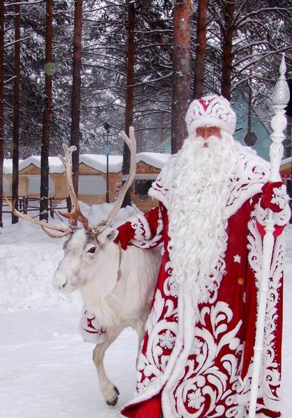 Фото №1 - Что дарить на Новый год: выбор Деда Мороза