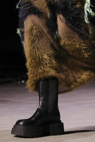 Фото №7 - Самая модная обувь осени и зимы 2021/22