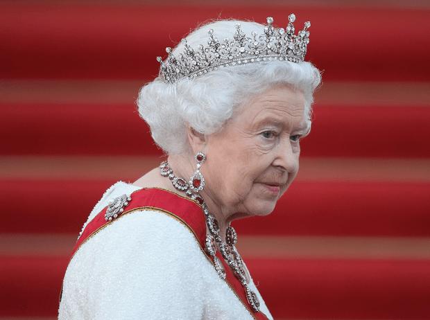 Фото №1 - Привет Сассекским и «трудный путь»: о чем говорила в своем рождественском обращении Королева