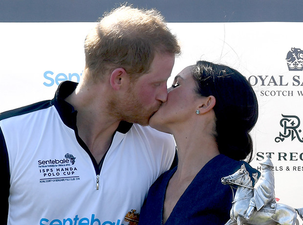Фото №9 - Как политики и принцы диктуют нам новые правила публичного проявления любви