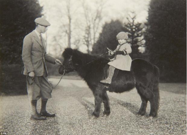Фото №9 - Принцесса Лилибет: редкие детские фотографии Елизаветы II