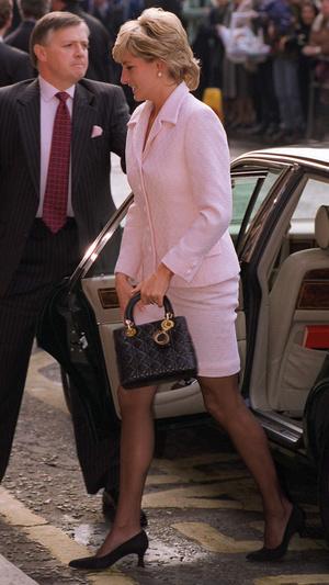 Фото №21 - От Дианы до Жаклин Кеннеди: 10 женщин, чьи имена носят культовые сумки